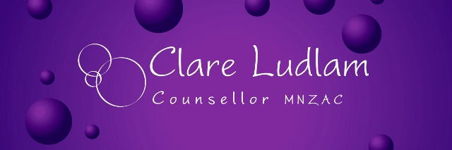 This image has an empty alt attribute; its file name is clare-ludlam-on-purple-640x213-1.jpg